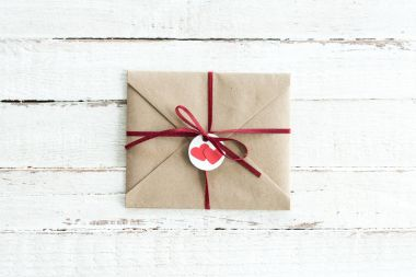 kraft envelope with hearts