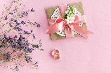 Wedding rings and envelope