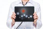 Fotografia medico con tavoletta digitale