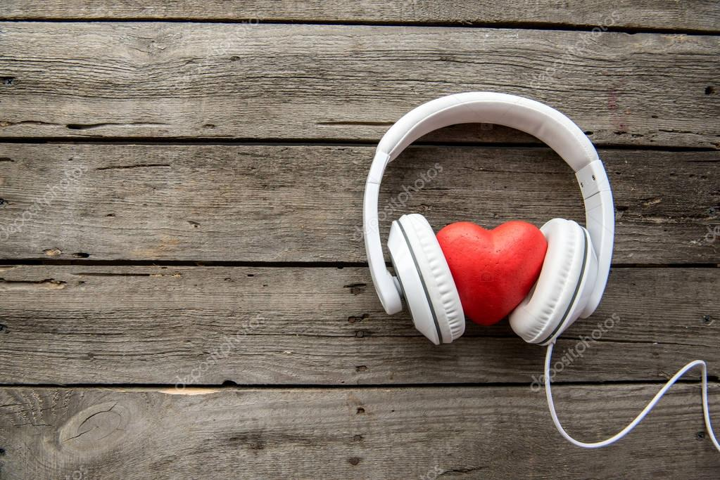 Headphones with red heart sign
