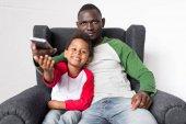 otec a syn, sledování televize