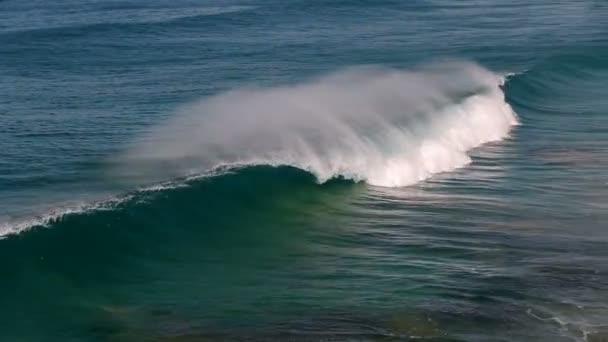 Atlanti-óceán hullámai fut rá a partvonal, Fuerteventura szigetén, a Kanári-szigetek