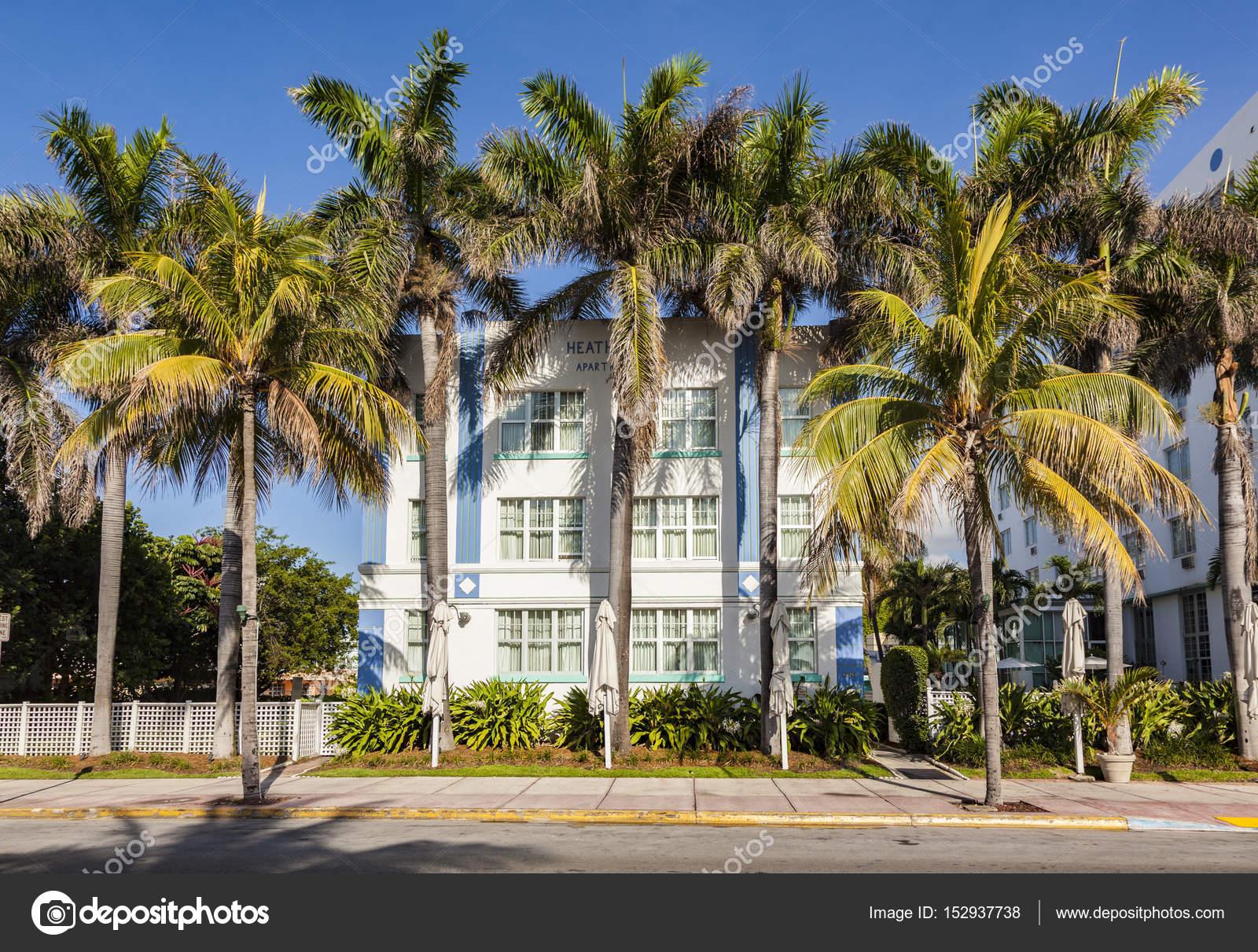 Schone Hauser Im Art Deco Stil In South Miami Redaktionelles