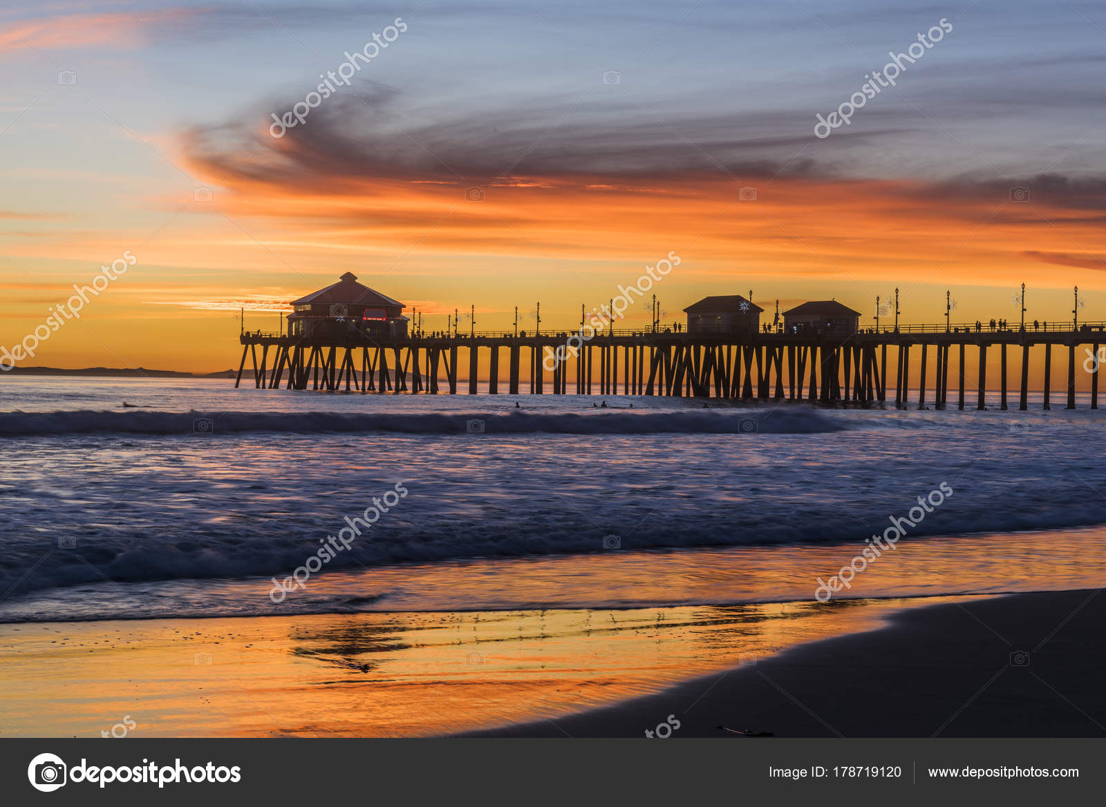 Huntington Beach Pier At Sunset Stock Photo C Kelpfish 178719120
