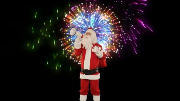 Santa Claus s ampliónem oznamoval, ohňostroj na pozadí