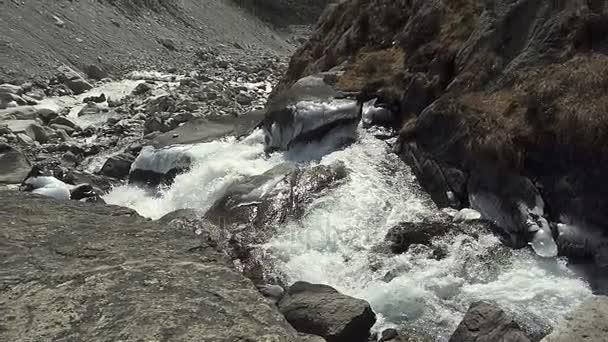 Panoramatický výhled z hor Himaláje, Nepál, turistické stezky vedoucí do základního tábora Mount Everest