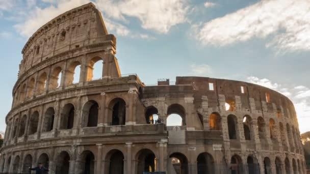 Koloseum nebo Kolosea timelapse, Flaviovský amfiteátr v Římě, Itálie