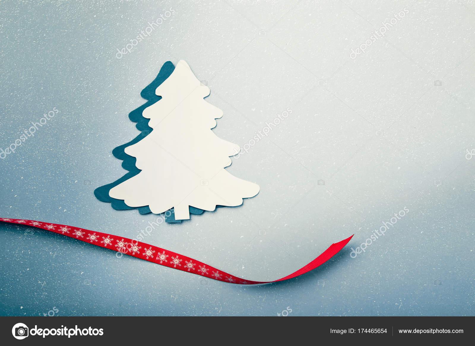 Weihnachten Grußkarten-Hintergrund mit Xmas Tree Papier Ausschnitt ...