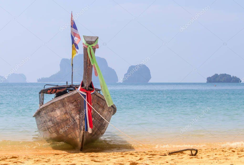 Фотообои Long Tail Boat On The Beach In Thailand