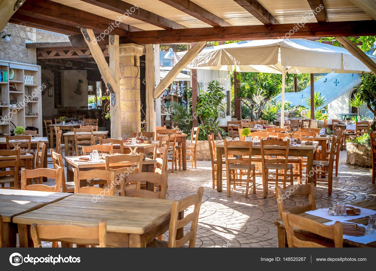 Die griechische Taverne — Stockfoto © CAHKT #148520267