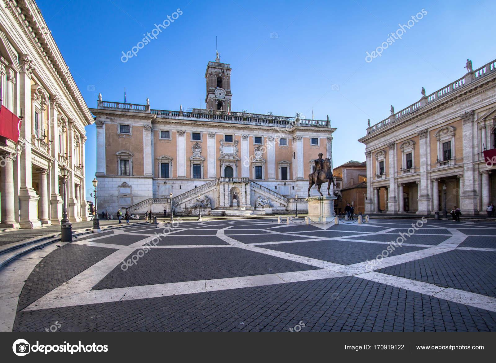 カンピドリオ、ローマのカピトリ...