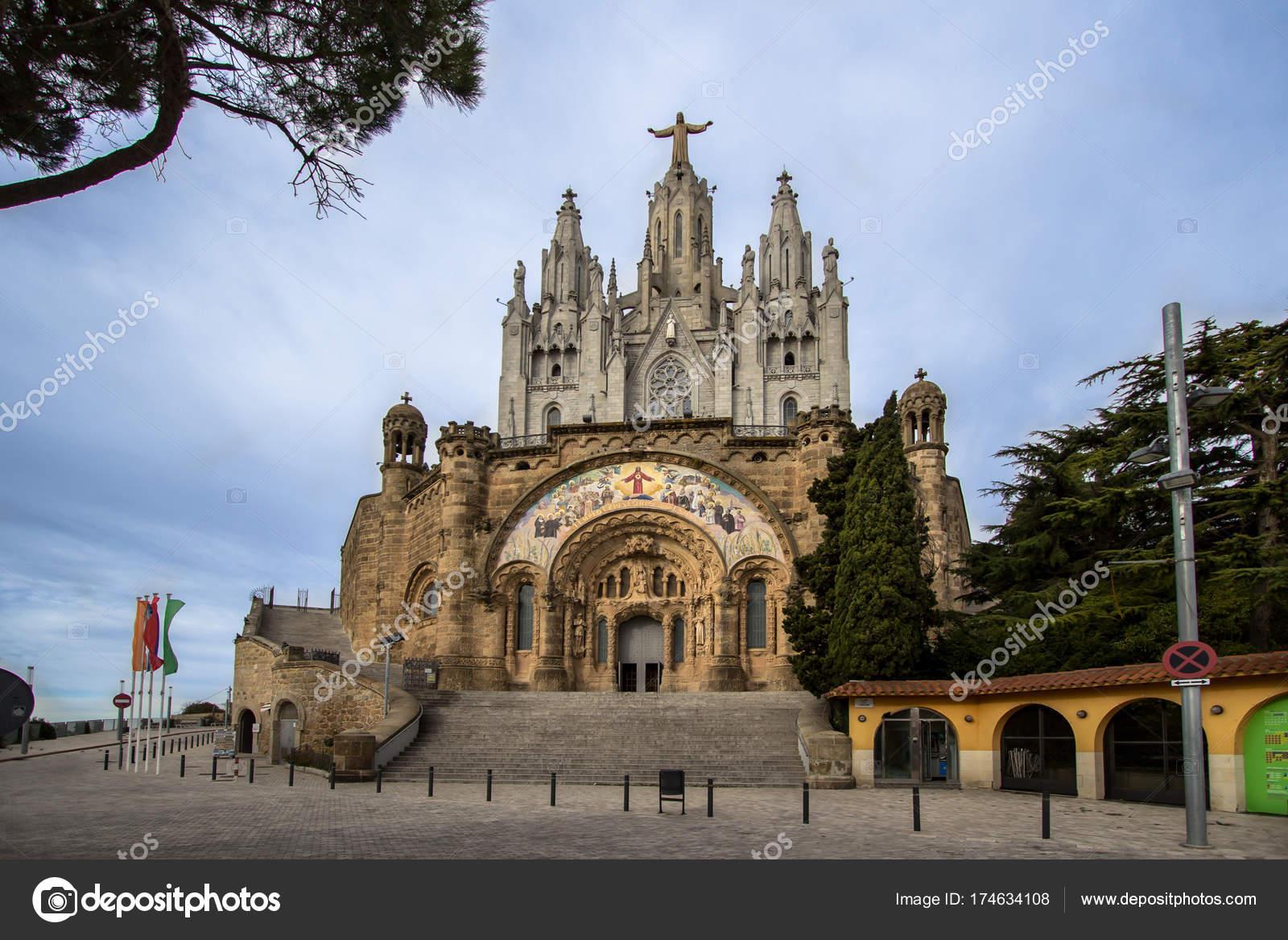 Templo Del Sagrado Corazón Barcelona Foto De Stock Cahkt 174634108