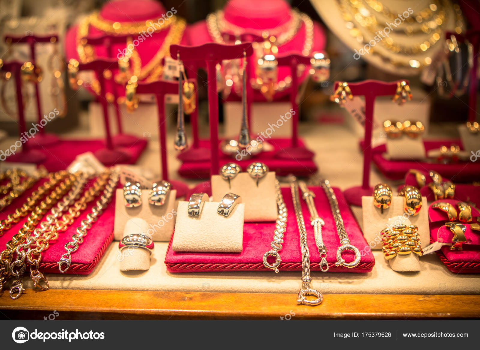 Beautiful jewelry in a shop — Stock Photo © CAHKT #175379626