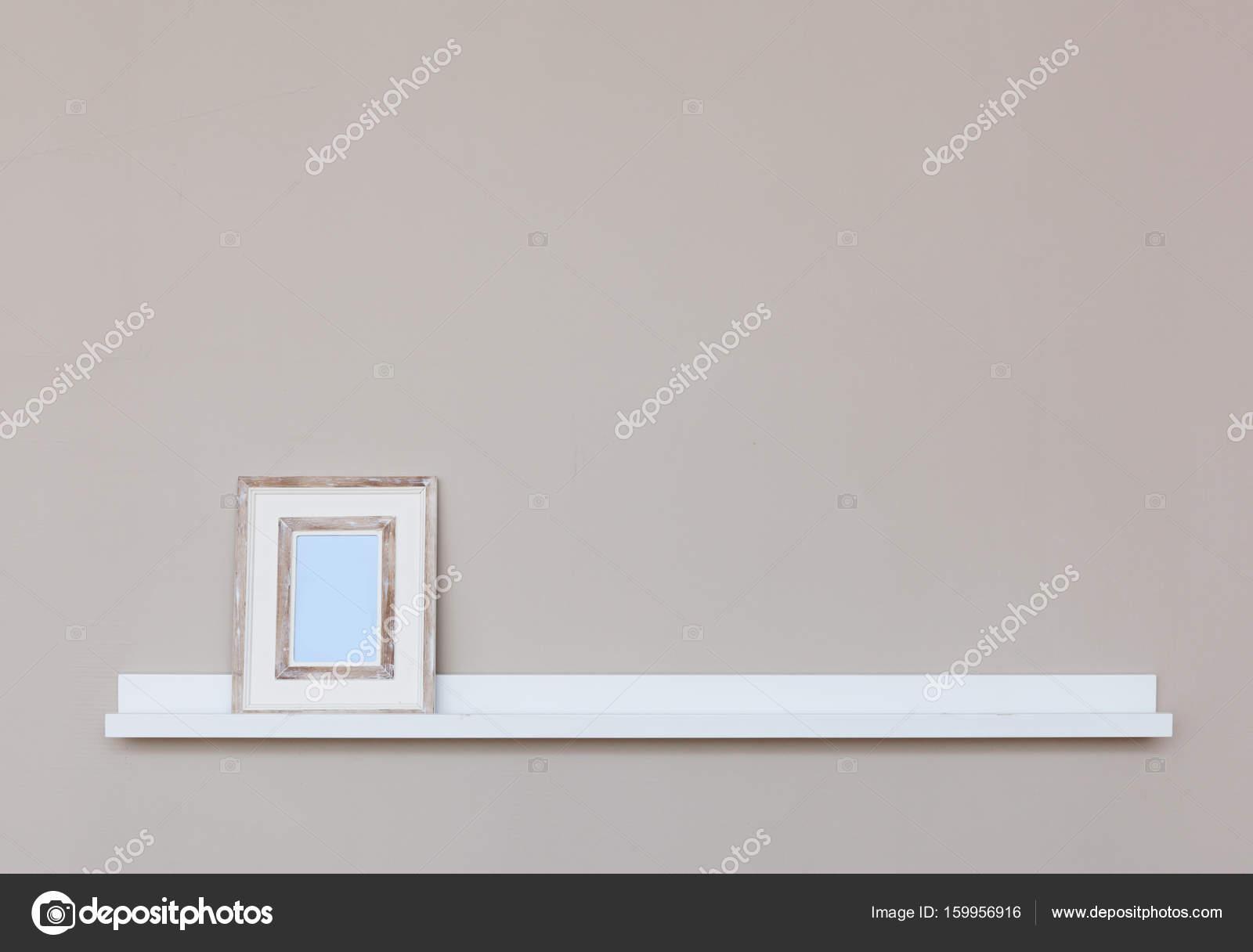 Wandplank Voor Fotolijstjes.Fotolijstjes Op Plank
