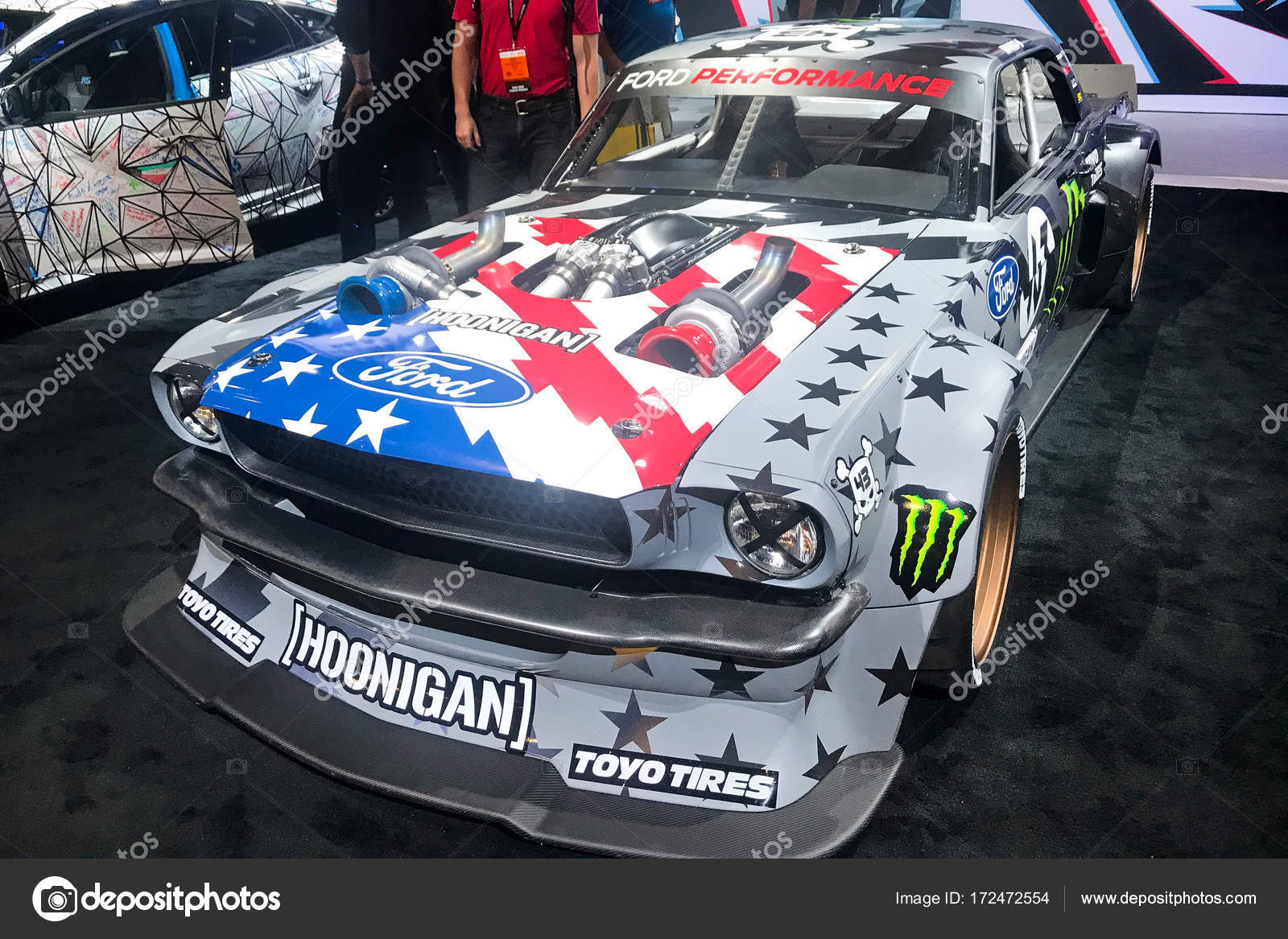 Vegas SEMA car trade show 2017 – Stock Editorial Photo © aa-w #172472554