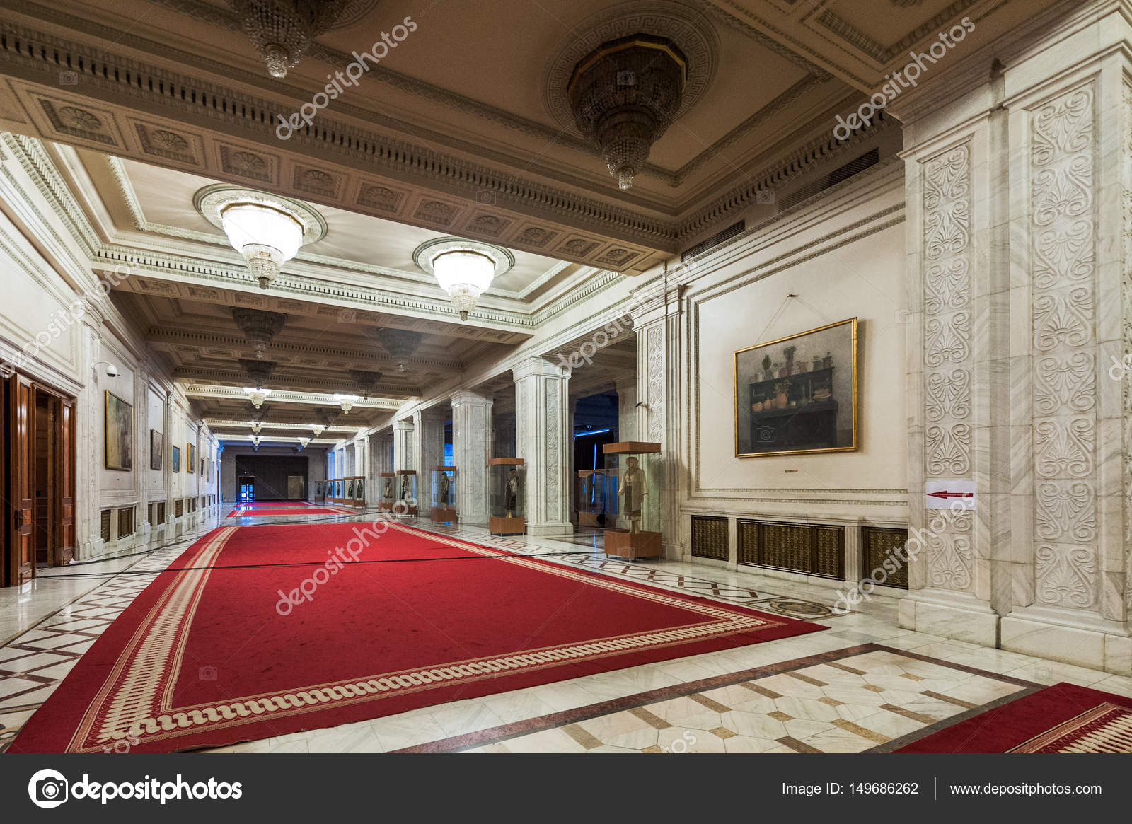 https://st3.depositphotos.com/1076880/14968/i/1600/depositphotos_149686262-stock-photo-bucharest-romania-march-22-interior.jpg