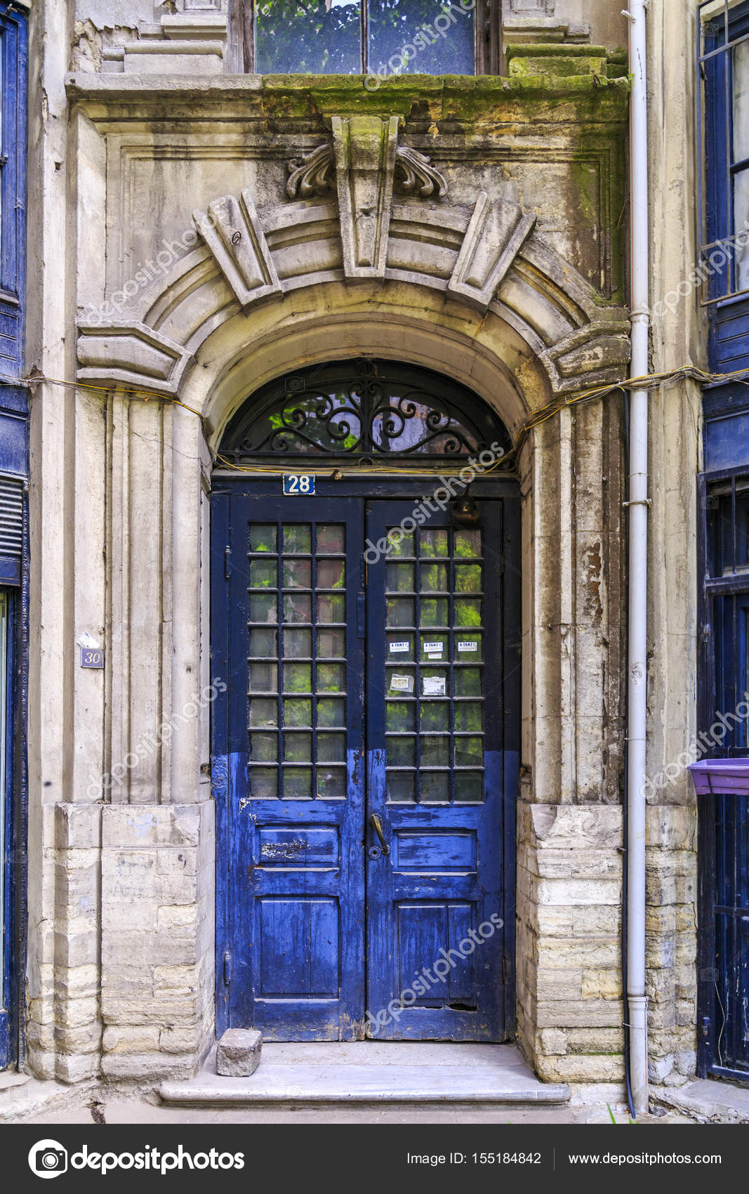 Architectural detail old ornate door u2014 Stock Photo & Architectural detail old ornate door u2013 Stock Editorial Photo ...