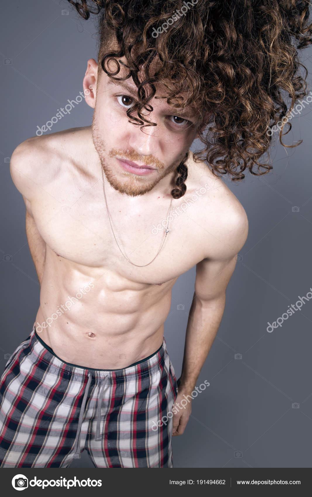 Ingwer Haar nackt