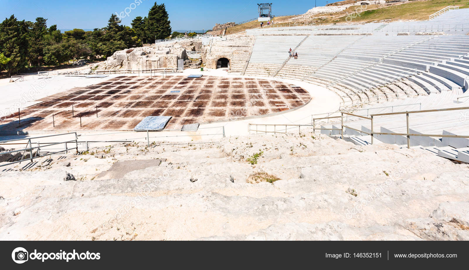 greek theatre in syracuse city in sicily stock photo vvoennyy