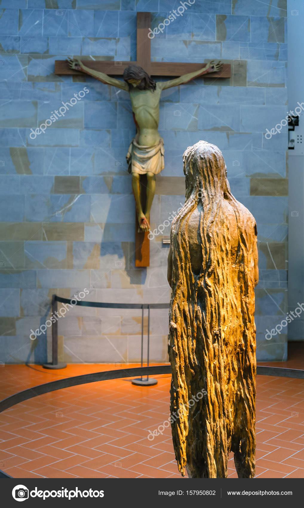 Room In Museo Dell Opera Del Duomo Stock Editorial Photo