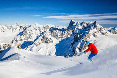 Skiing Vallee Blanche Chamonix with amazing panorama of Grandes