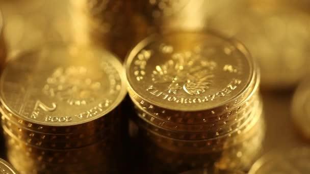Zásobníku mincí, peníze koncept. Dolly zastřelil.