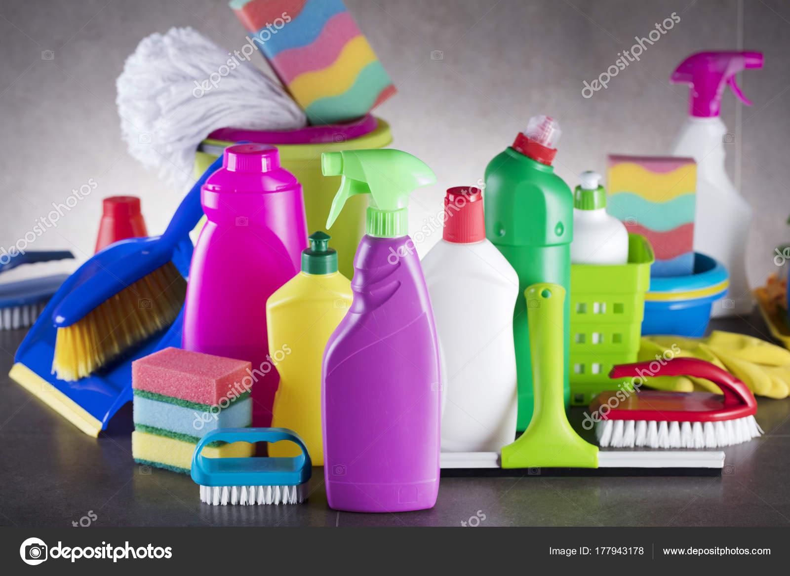 Fotos productos de limpieza colorido conjunto casa - Imagenes de limpieza de casas ...