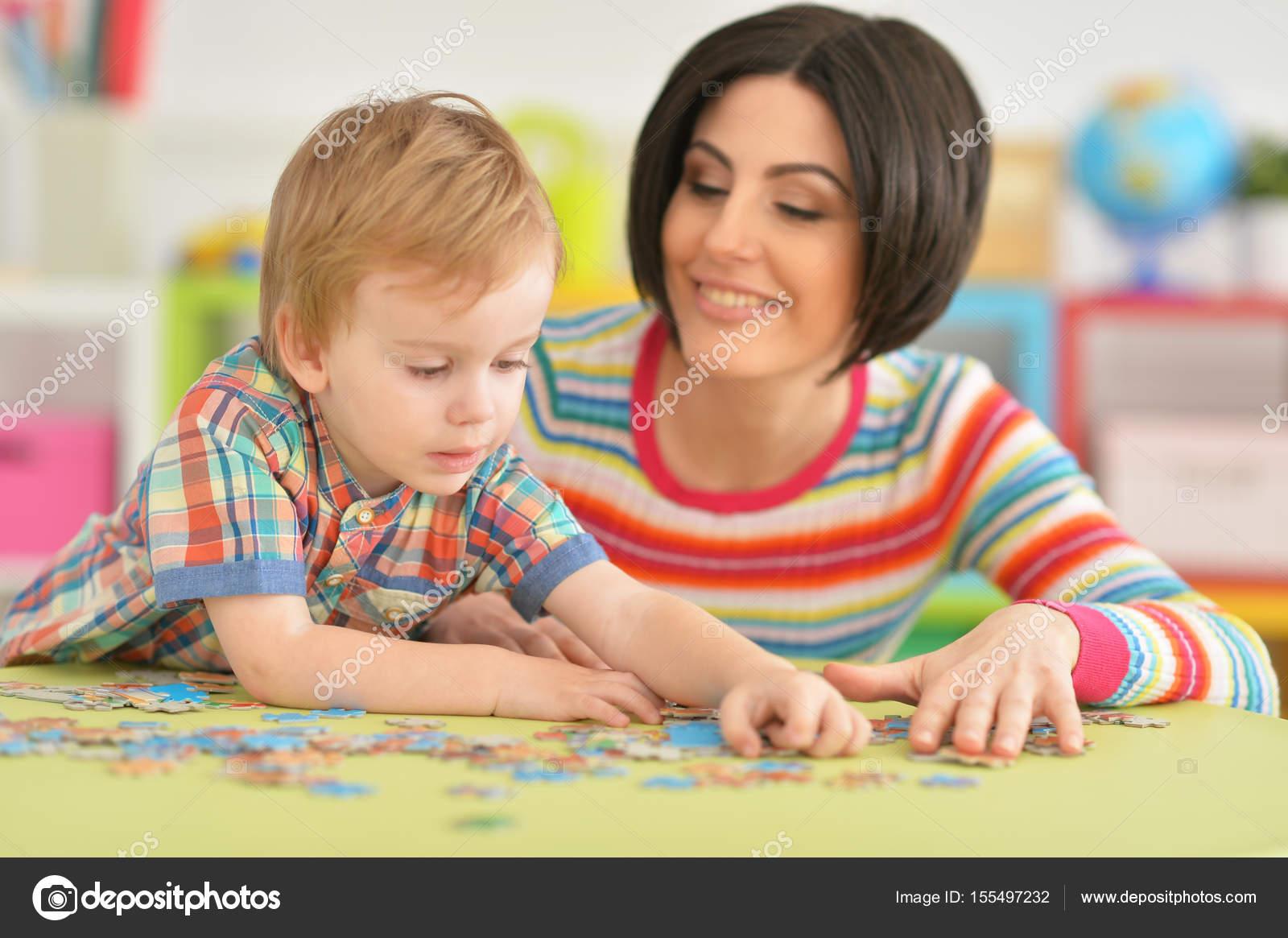 Соитие мамы с сыном, Порно: мама и сын. Инцест мамы и сына. Секс мамы 19 фотография