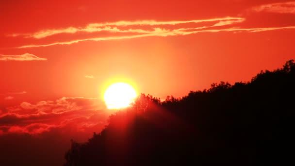 Sonnenuntergang Zeit mit roter Sonne .pal Zeitraffer