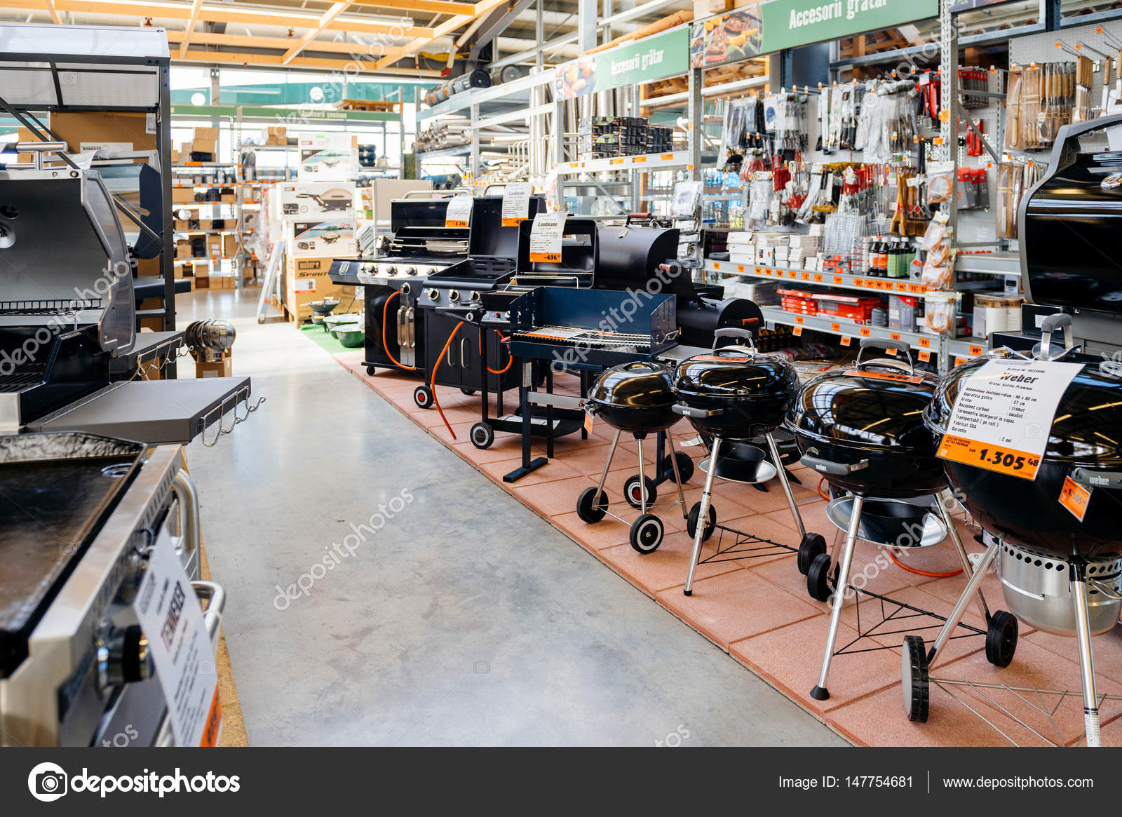 Hornbach diy store with barbeque large selection of appliances bucharest romania apr 1 2016 interior of hornbach the german diy store chain offering home improvement and do it yourself goods customers buying solutioingenieria Gallery