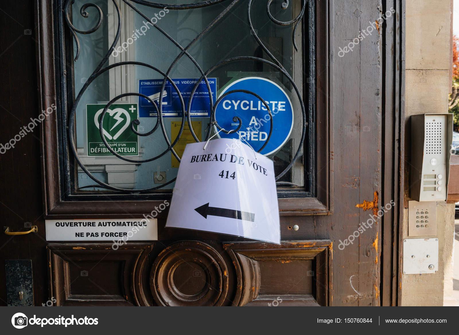 Bureaux de vote voting section in france u stock editorial photo