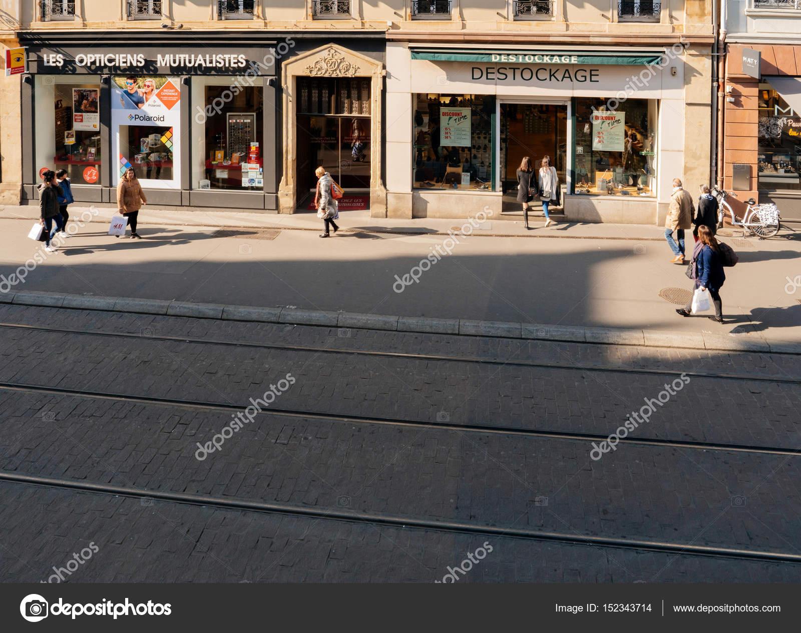 4d38d9c54a53 Pohled z výše z francouzské ulice v Štrasburku– Stock Editorial Fotografie