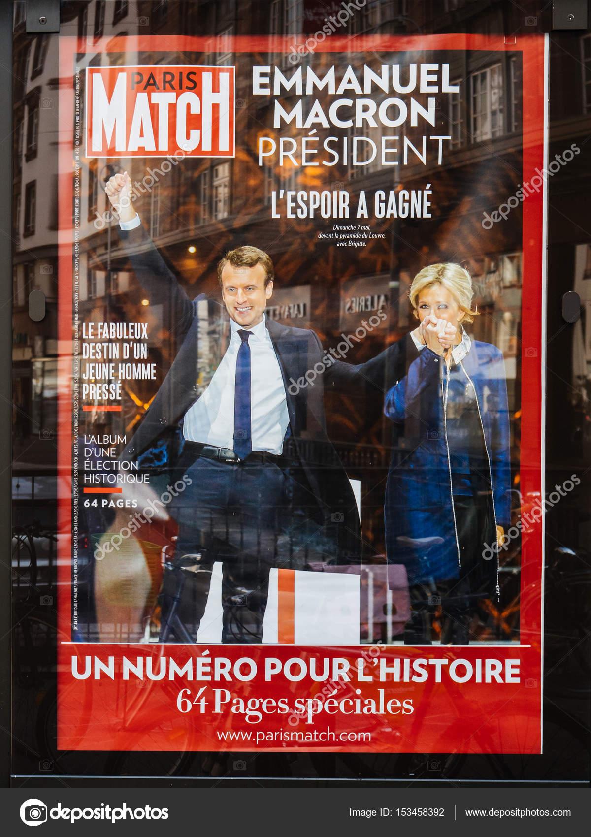 Emmanuel Macron Avec Son Epouse Brigitte Trogneux Sur Paris Match P