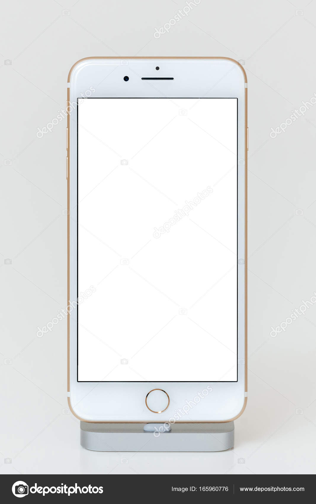Blacnk screen on iPhone 7 Plus the application software