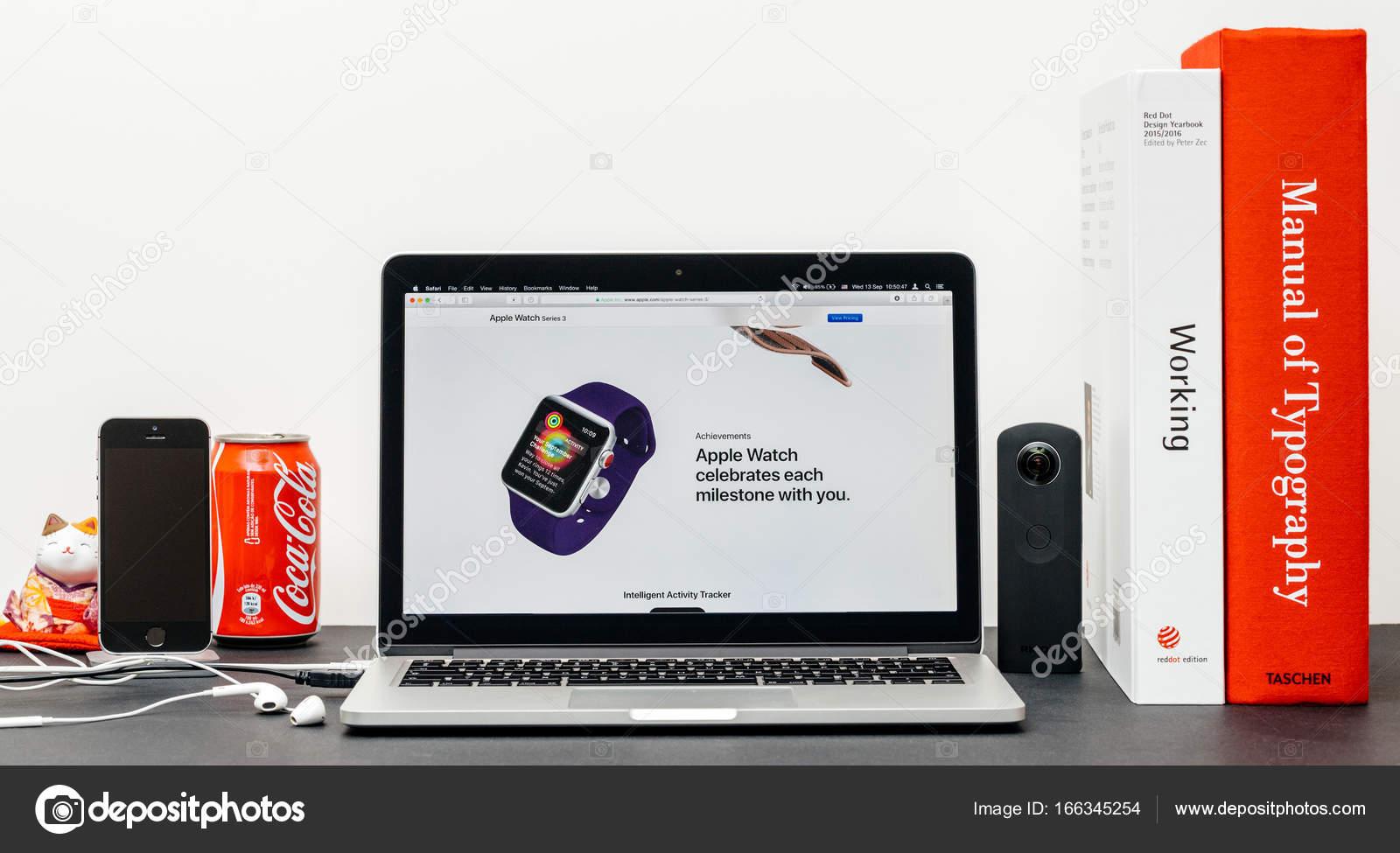 Latest Apple Watch Series 3 with Achievements milestones app