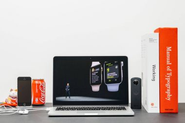 Apple Keynote with COO Jeff Williams and Watch Series 3 workout
