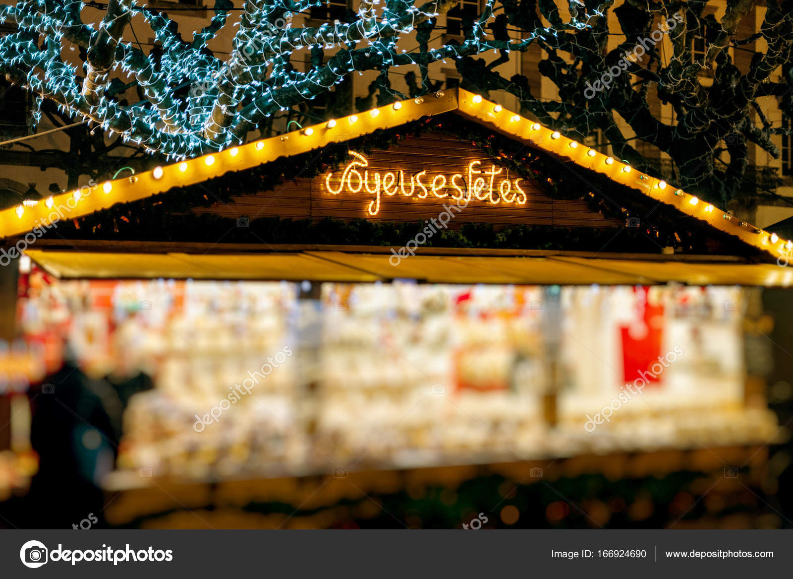 Indian Food Stall Decoration Ideas Kugelhopf Sweets Biscuits Food At Christmas Market Stall Stock Photo C Ifeelstock 166924690
