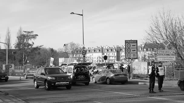 Francouzská policie kontroly vozidel