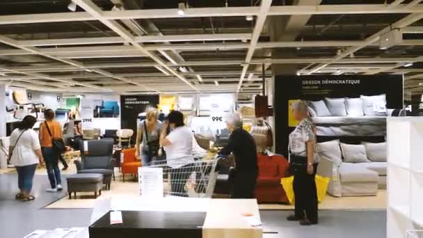 ikea mobel store kunden stockvideo