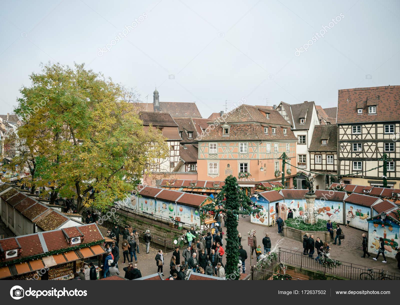 Colmar Weihnachtsmarkt.Luftaufnahme Von Colmar Weihnachtsmarkt In Frankreich Elsass