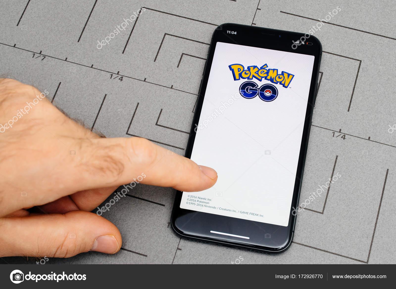x 10 の iphone アプリ アプリケーション ソフトウェア ポケモン上に設定