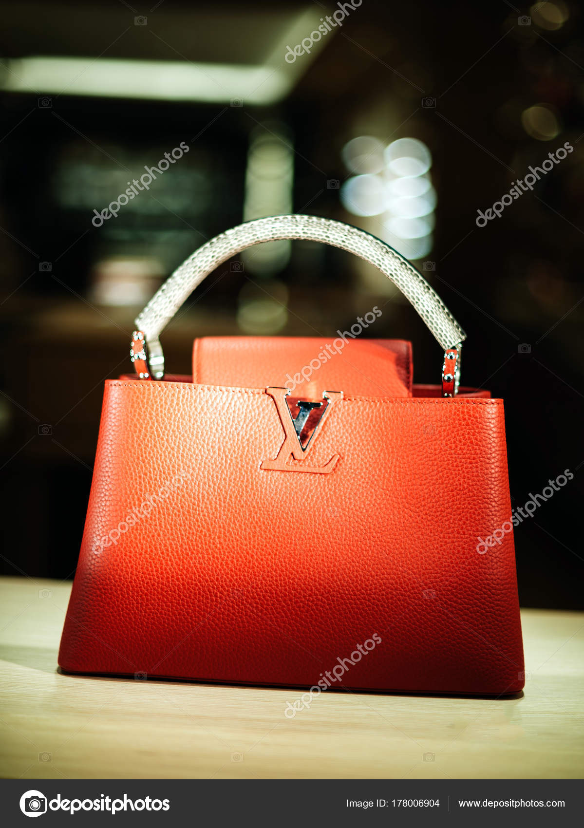 PARIS, FRANCE - December 23, 2017: Luxury Louis Vuitton handbag made from exclusive leather on sale during winter Christmas holidays in Paris, ...