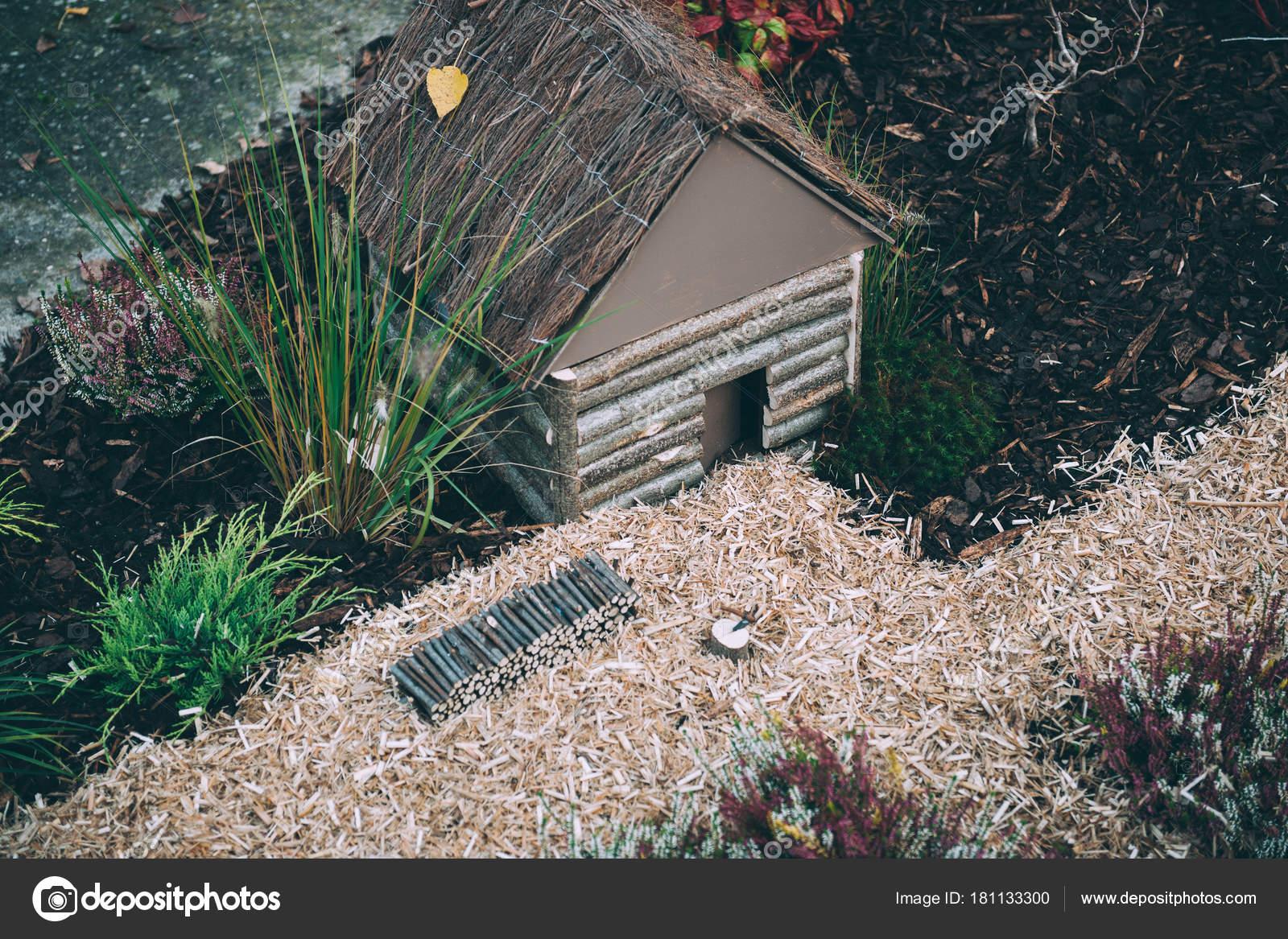Miniaturhaus Auf Dem Boden Japanischen Garten U2014 Stockfoto