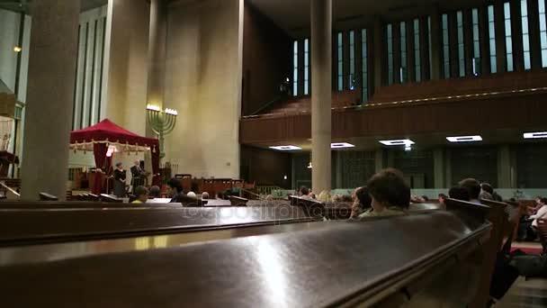belső Grande zsinagóga de La Paix emberekkel