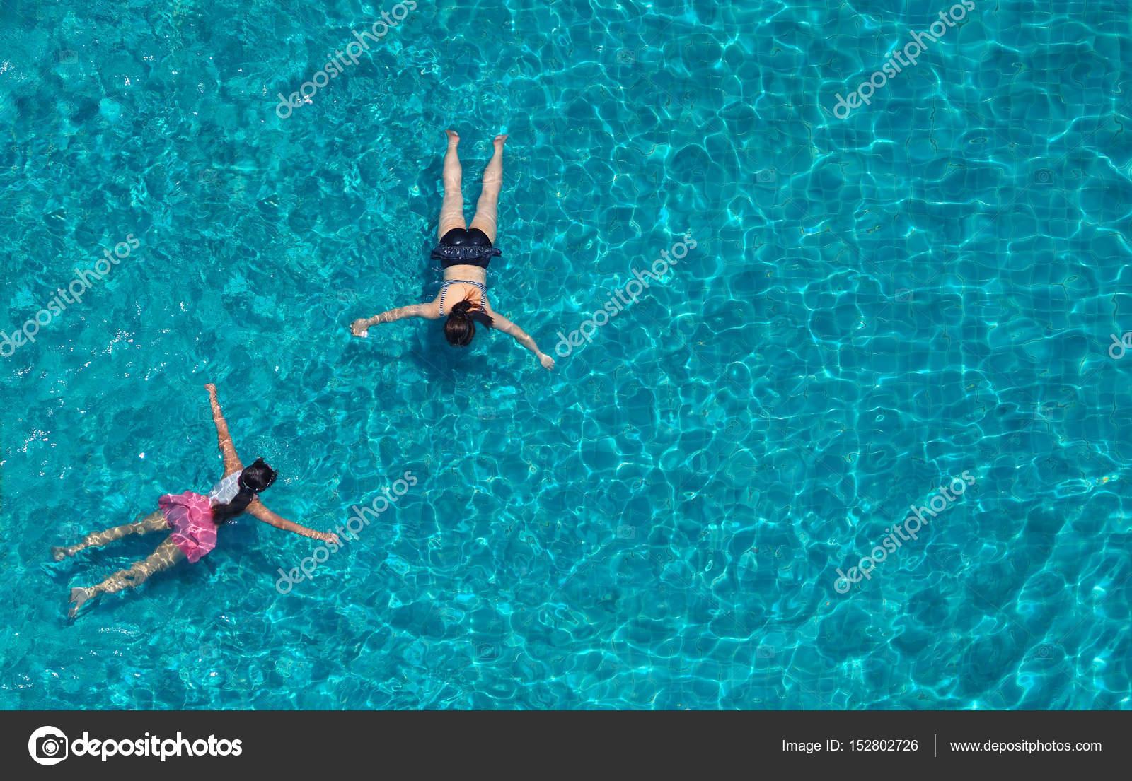 Imágenes: Personas Nadando