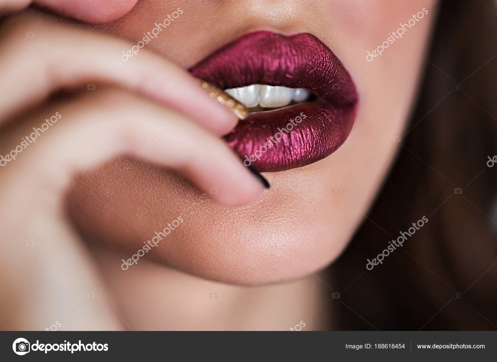 Close up of beautiful woman lips with lipstick. Open mouth. Cosmetology, fashion makeup concept. Beauty studio shot.– stock image