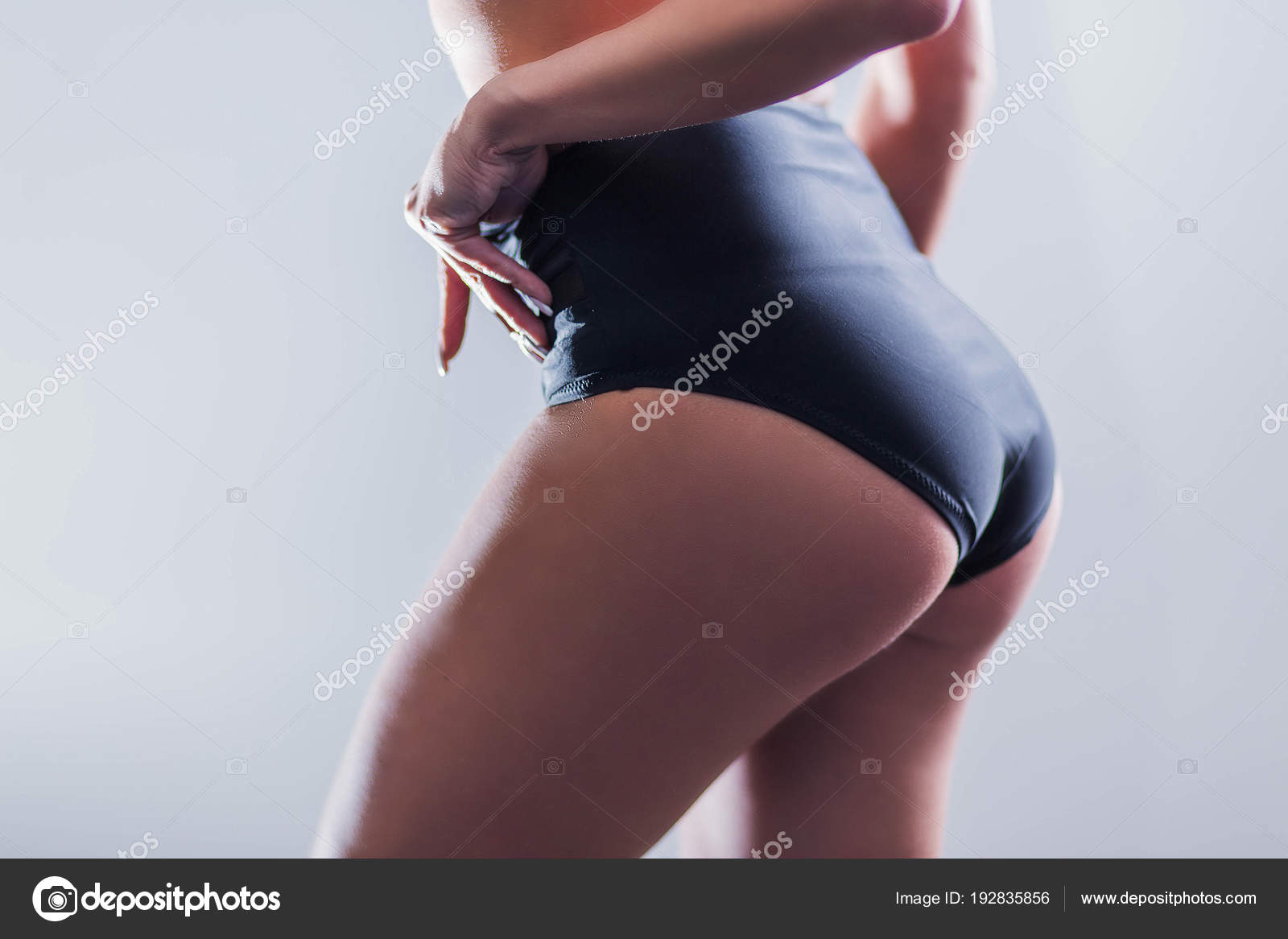 Černá dívka prdel pic