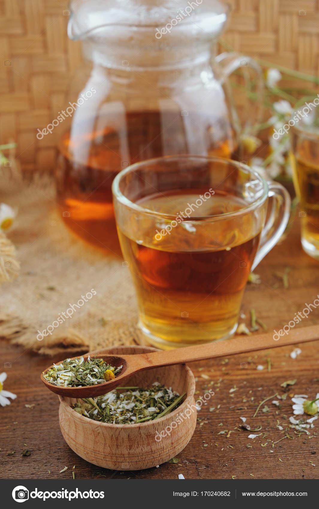 чаем ромашково