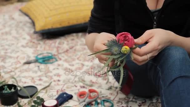 Virágüzlet kezét, hogy a virág csokrok és dekoráció. Műhely