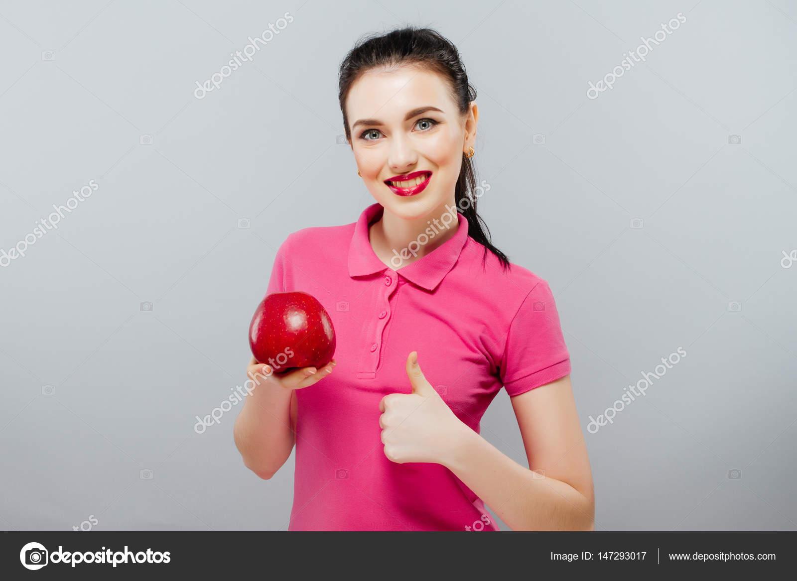 молодих красива Сексуальна дівчина з темного Кучеряве волосся df5a904b1192a